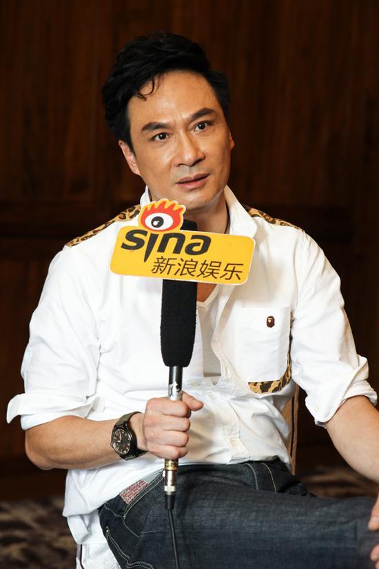 吴镇宇承受新浪文娱专访