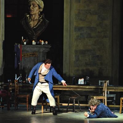歌剧展示了安德烈・谢尼埃在法国大反动中的英宏伟绩。凌风 摄