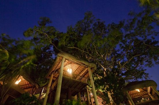 Anantara Lawana -Tree_Tops_dining