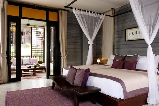 Anantara Lawana -Deluxe_Lawana_bedroom