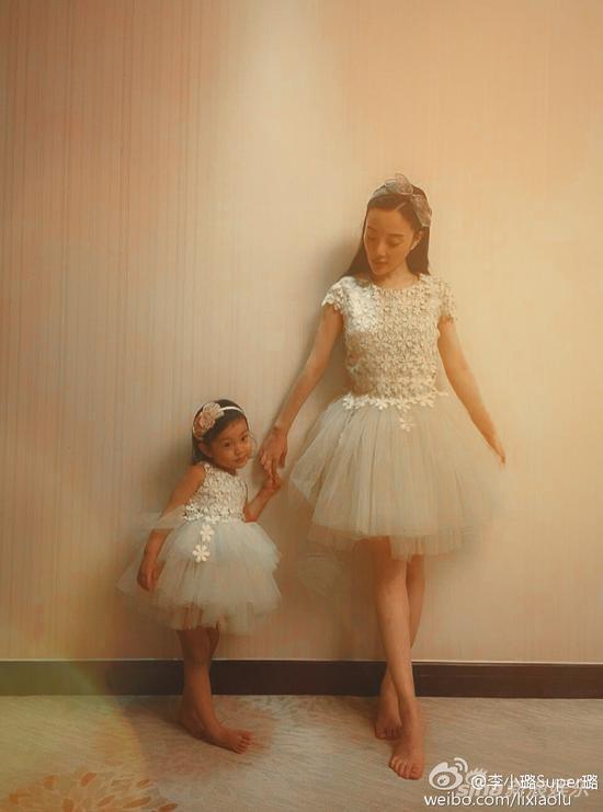 小甜馨和妈妈