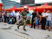 福田:梅林街道开展安全生产月消防主题活动