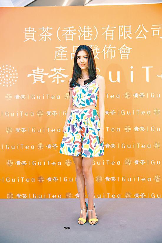 体态纤瘦的吴千语示意正增肥中。
