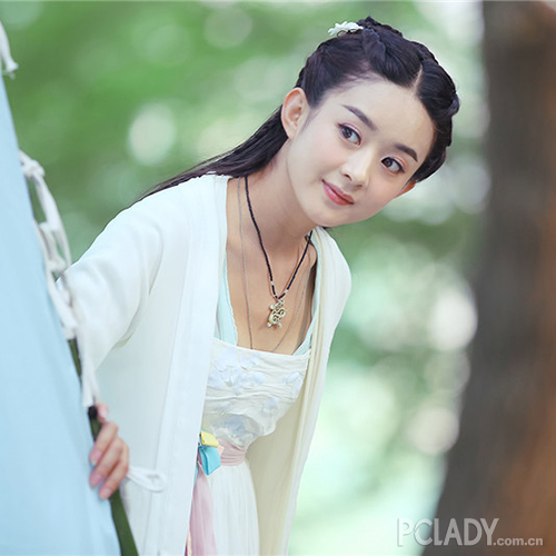 赵丽颖在《花千骨》中包子脸的形象表示被萌到无法自拔