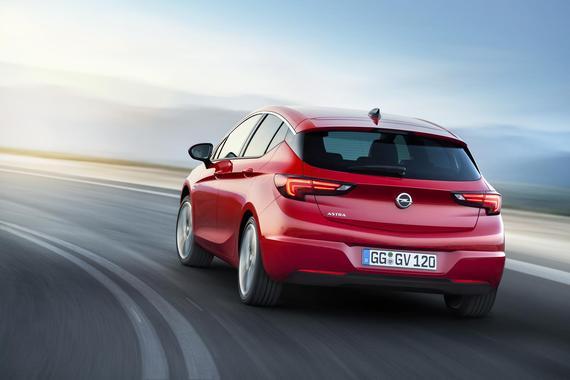 2016 Opel Astra _02