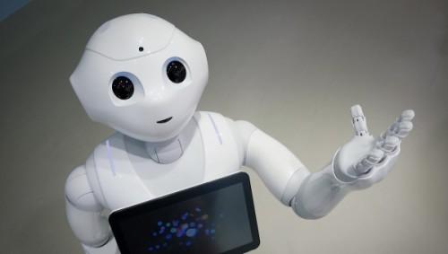 软银首批1000台Pepper机器人1分钟售罄