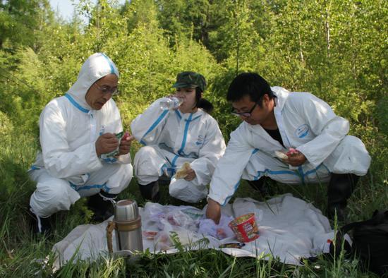 内蒙古额尔古纳检验检疫局人员的端午节