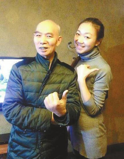 李伯清很支持侄女魏玮欣自己闯荡。