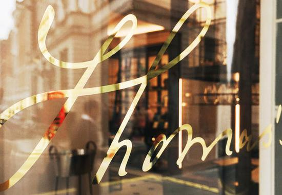 burberry-Thomass_cafe-800x554
