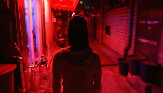 2004年,韩国首尔的一处红灯区.