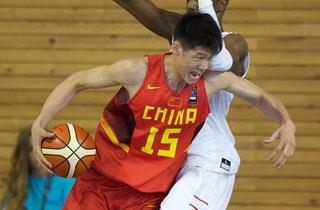 U19世青赛-中国首战憾负西班牙 胡金秋22+11