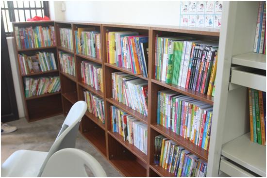 世博奥迪东郊联文小学图书馆启动