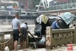 达州河水暴涨商铺被淹 暴雨影响四川多地