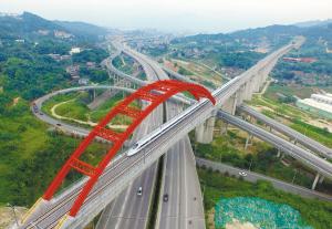 """6月28日,中国""""最美""""高铁合福高铁开通运营。"""