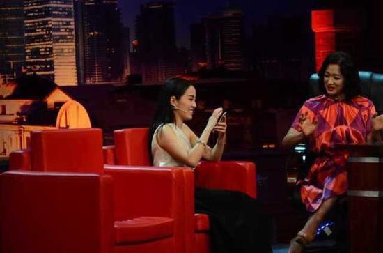 叶璇与金星分享照片