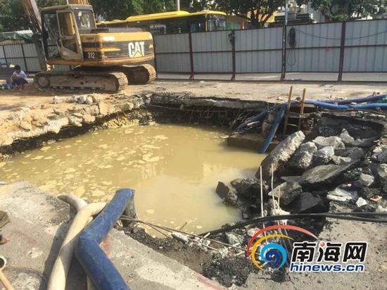 漏水点(南海网记者马伟元摄)