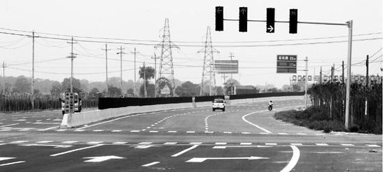 即将通车的沿黄快速路