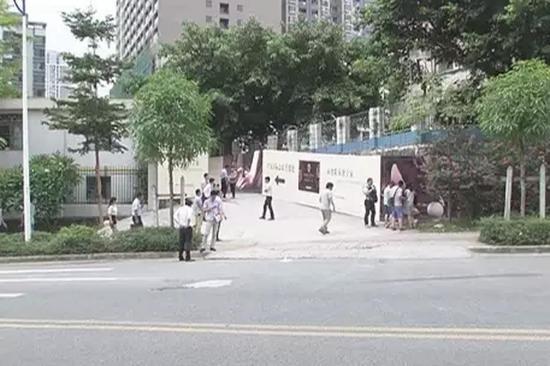 深圳城管被鄙视买不起房 暴打中介