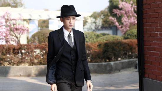 陈乔恩女扮男装