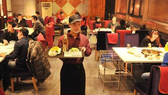 中国成肥胖超级大国:不怪洋快餐怪火锅?