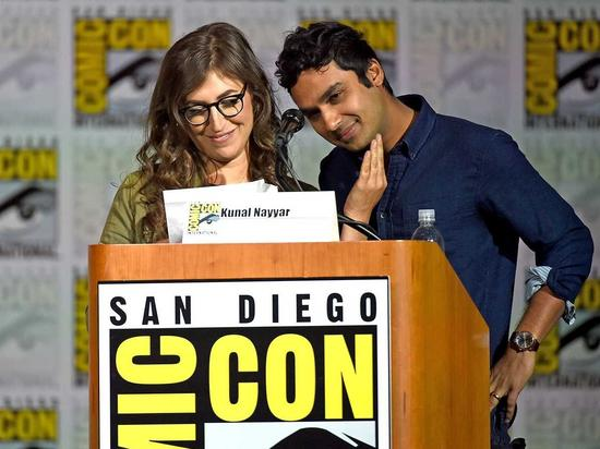 为啥是Raj和Amy谈恋爱!编剧你们官方拆CP了啊!