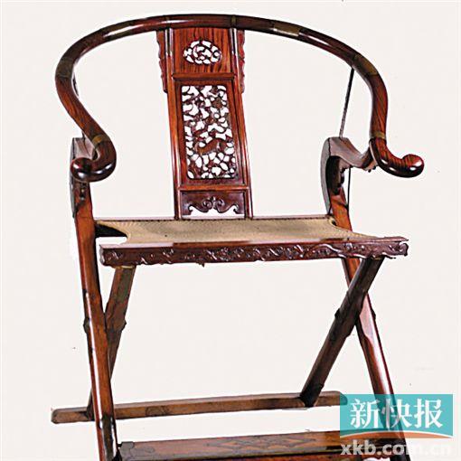 明黄花梨木圆后背交椅(上海博物馆藏)