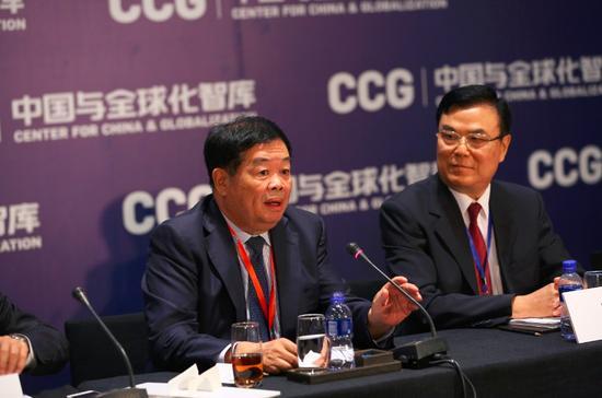 福耀玻璃集团董事长曹德旺发表精彩发言