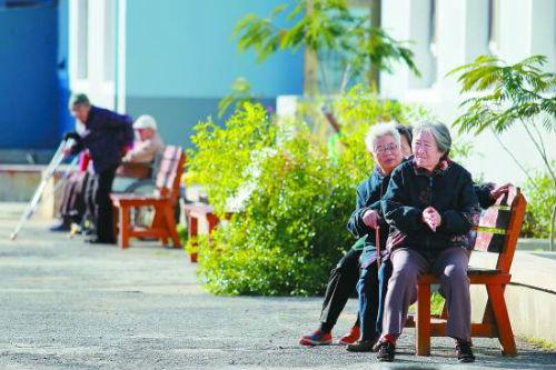 辽宁省沈阳市,在养老院生活的老人们。
