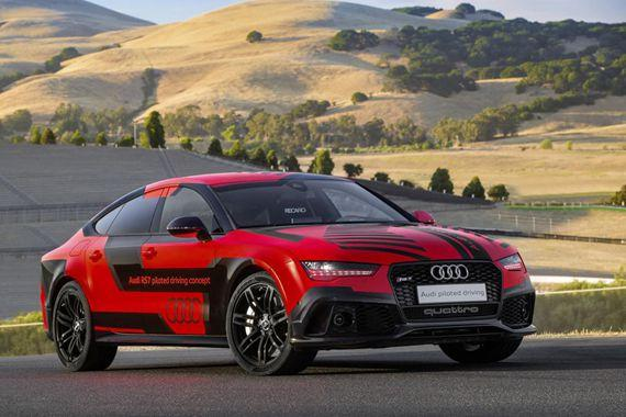 00 PC 2015 Audi RS7 piloted driving concept