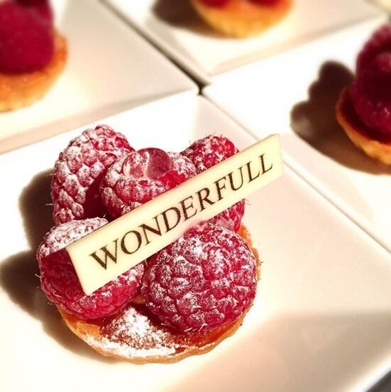 精致的法式甜点图片
