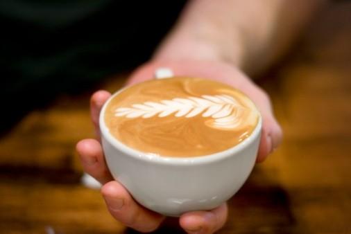 咖啡中加奶油,等于喝了牛奶?