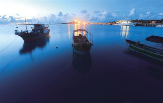 三沙永兴岛综合码头。 宋国强 摄