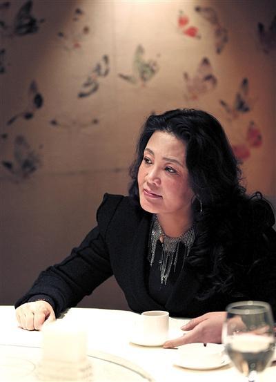 张兰,俏江南创始人,原俏江南集团董事长,2009年,她首次登上胡润餐饮富豪榜,排名第三,财富估值为25亿元。资料图片