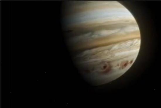 1994年7月17日4:15至22日8:12的5天内,苏梅克—列维9号彗星被木星强大的引力撕裂成21块碎片,前赴后继地撞向木星,释放的能量相当于在木星上引爆了20亿颗原子弹,在木星上形成的伤疤几乎可以装下整个地球。