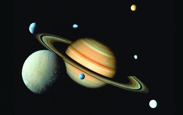今晚土星合月浪漫上演 没有灯光干扰的高处观赏尤佳