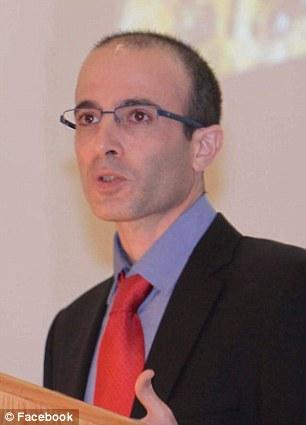耶路撒冷希伯来大学的教授Yuval Noah Harari预测,在接下来的200年里富人们将能够大大地延长他们的寿命,并且将成为半神半人一样的存在,这将是生物学上最大的进化。