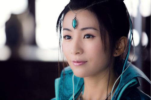 《仙侠剑》十三妹刘庭羽打戏亲上阵
