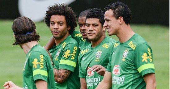 巴西球員球衣上很多印的都是綽號