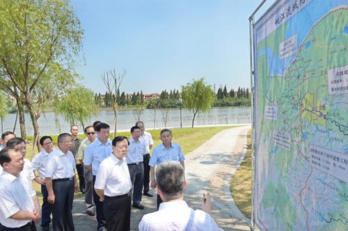 7月28日,夏宝龙书记赴余姚专题调研姚江流域防洪排涝工作。