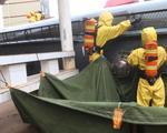 广西载30吨甲醛槽罐车侧翻 少量甲醛水浓液泄漏