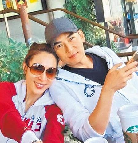 焦恩俊(右)与林千钰结婚1年,感情甜蜜