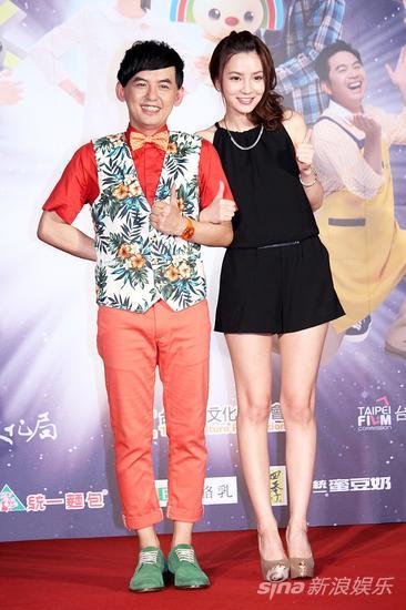 黄子佼(左)、杜妍在片中有出色上演