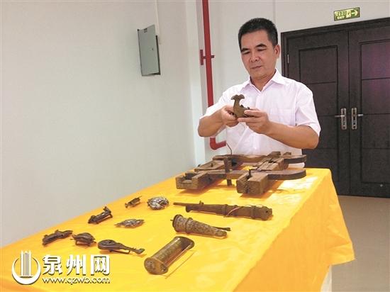 一收藏爱好者5年收集200件古锁
