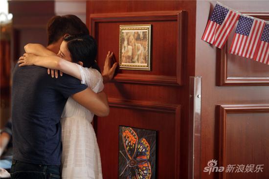 杜淳和熊乃瑾拥抱