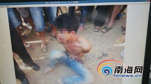 男子被警民联手抓获。(本组图片由琼山警民提供)