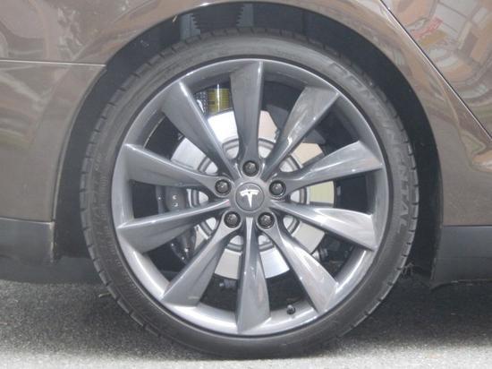 特斯拉新款電動汽車Model3模型曝光
