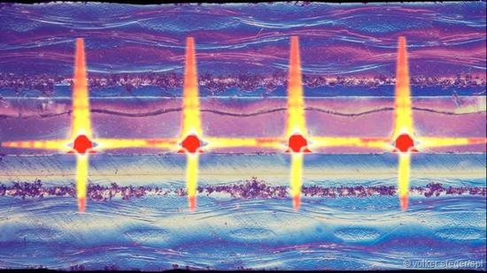 利用光的性质开发光学计算机,将大大提升未来计算机的性能