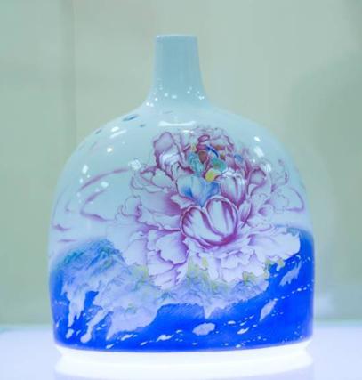 《炫丽中国梦》瓷器作品监创王锡良-中国梦主题艺术创作活动组委会