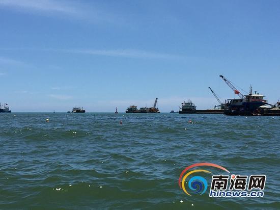 沉船海域(三亚新闻网记者刘丽萍摄)