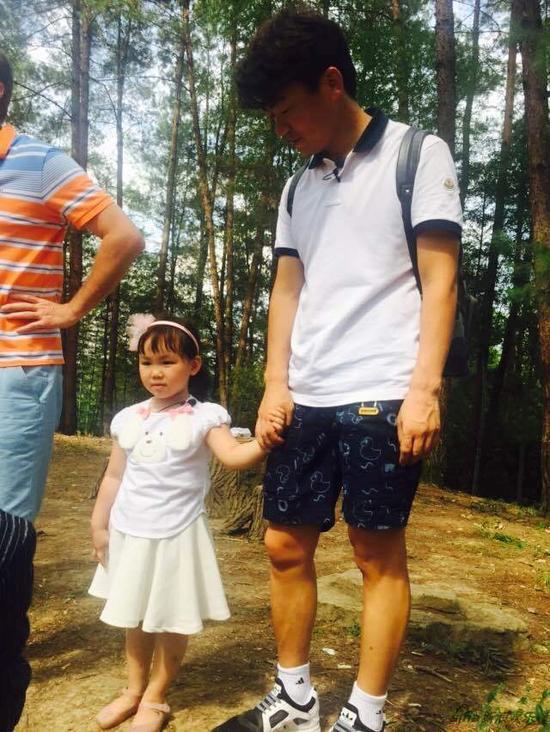 王宝强带女儿加入老爸3